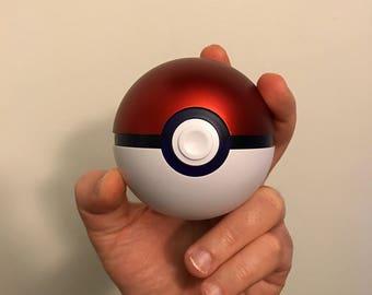 Fullsize 1:1 Scale Pokéball with LED's