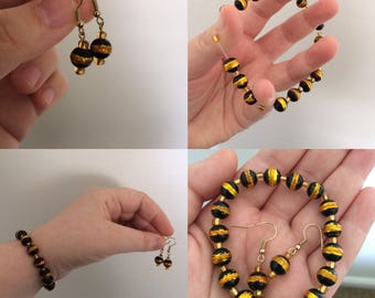 Black and Gold Beaded Bracelet and Earring Combo