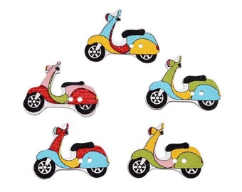10 wooden buttons in the shape of vespa