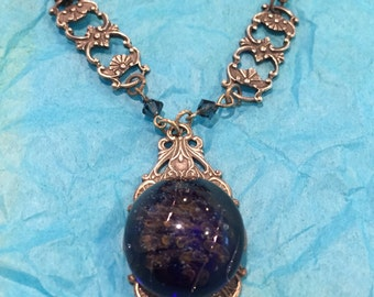 Silver and glass pendant necklace