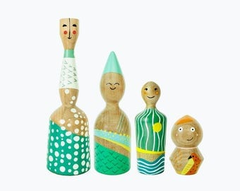 "wooden family ""4 seasons"""