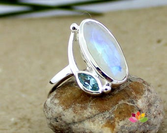 big moonstone ring, blue topaz ring, rainbow moonstone ring, silver topaz jewelry, faceted cut moonstone, healing stone, valentine gift ring
