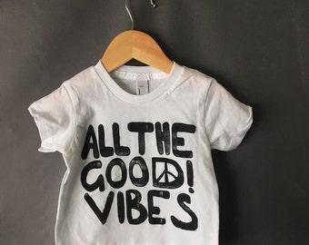 ready to ship | all the good vibes t-shirt 6-12 months WHITE
