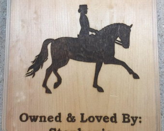Customized stall plaque for horse
