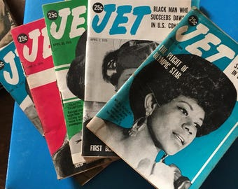 5 issues  of 1969 and 70 Jet Magazines ... unique size/Jet ended publication in 2014