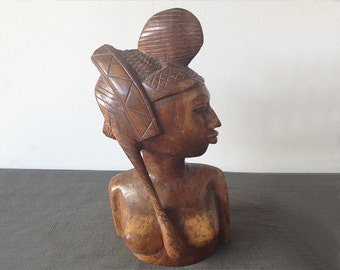 Former African Fulani woman's bust in wood. Vintage African Woman Wood Carving. Bust Sculpture Handmade