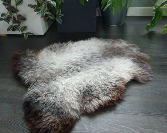 Sheepland British Organic Undyed Pure Sheepskin Rug in Grey (12)