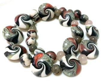 Swirlkette, necklace, stone necklace, handmade necklace, unique chain, black, salmon, Labradorite.