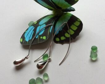 Sterling silver oval hoops/drop shape dangle/hoop/dangle/drop/Sterling Silver /earrings /lightweight