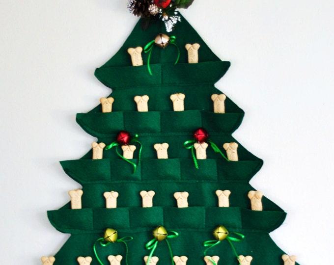 Pet Doggy Christmas Tree Calendar Dog Doggie Treat Pet 25 Days Green Doggy