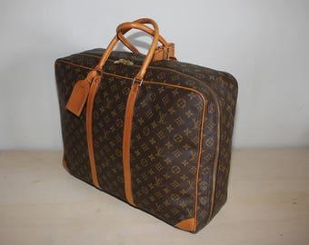 Authentic LOUIS VUITTON Monogram Sirius 50 Soft Suitcase Luggage - (ref 1415)