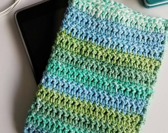 iPad cover. Crochet case for iPad Mini green and blue. iPad Mini sleeve. Ereader cozy. E-reader sleeve. Crocheted ereader cozy.