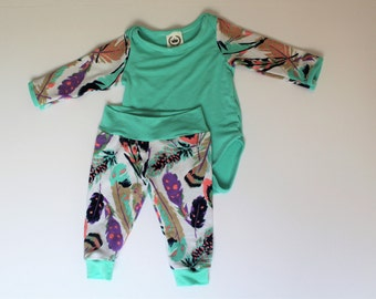Turquoise Feather Set, Onesie and Leggings
