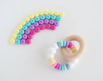 RAINBOW Baby Teething Toy // Wooden Teether // Silicone Teether // Silicone beads // Rattle // Teething Ring // Teething Jewelry // Teether
