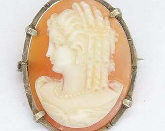 Antique silver and helmet shell cameo brooch pendant/cameo pendant/antique cameo/vintage cameo/cameo jewelry/silver cameo/Italian cameo