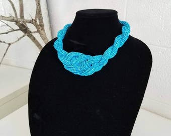 Agua seed bead necklace