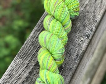 Luxery MCN Sock Yarn - 'Slime Time' in Lillian's Luxury Sock