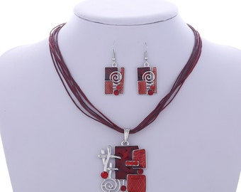Modern Handcrafted Square & Swirl Crystal Jewellery Set Red