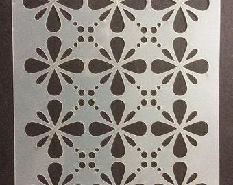 Daisy Dots Stencil