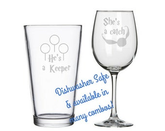 He's a Keeper She's a Catch Harry Potter his & hers wine set, Harry Potter bridal shower, Harry Potter wedding gift, Harry Potter Valentines