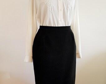 Black velvet mid-length pencil skirt   vintage Debenhams   UK Size 14