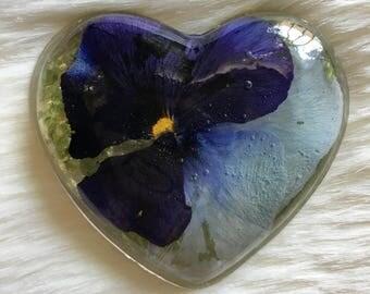 Resin Trinket, Heart Trinket, Pansy Heart Trinket with Prehnite Crystals, Metaphysical Art, Prehnite Heart, Preserved Pansy in Heart