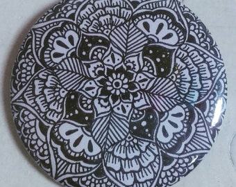 Mandala Badge - 55mm Badge - Henna Mehndi Art - Pin Button Badge - Mandala - Zentangle