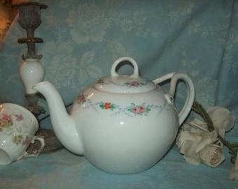 nice large tea pot