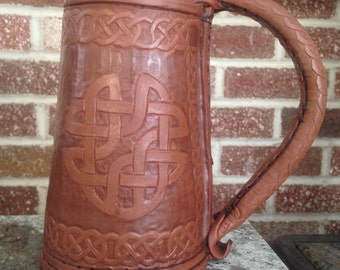 Celtic Knotwork Leather Tankard - 1 Quart Size