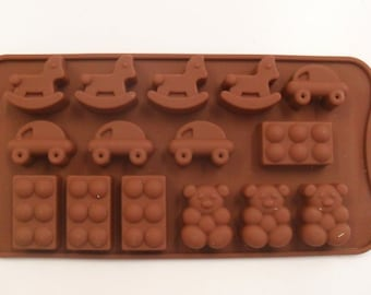Mold chocolate different shapes & themes in Silicone 15 Pieces new