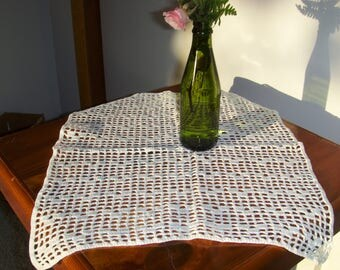 """Crochet doily or table topper. 14 x 17"""" Vintage loose eyelet."""
