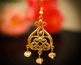 Heart Shaped Gold Engraved Dangling Earring 138ER