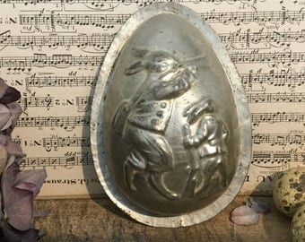 "Ancient form of chocolate, egg ""Rabbit hunting"""