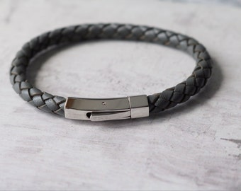Men's Woven Leather Bracelet Hexagon Style Clasp