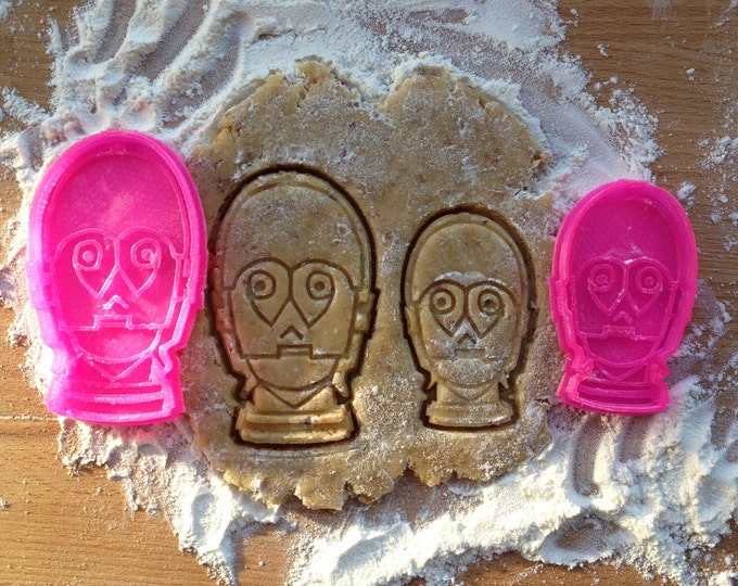 C3PO cookie stamp. Star Wars cookie cutter. Robot cookies