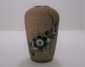 """Vintage Mexican pottery vase,paint overlay, signed on bottom, rough hewn, great condition, 6""""H"""