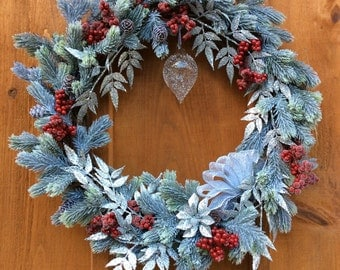 Blue Spruce Christmas Wreath, Seasonal Door/Wall Decor, Winter Wreath, Silk Flower Grapevine Wreath, Front Door Wreath, Made In Canada