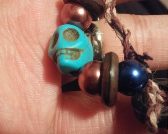 Hemp beaded bracelet with barrel clasp