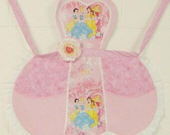 Pink Princess Apron / Pretty Princess Apron /  Girls Princess Apron / Princess Birthday Party /  Girls gift / Girls Apron Size 5/6 / #B84