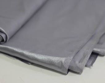 Grey / Silver Fabric Remnant
