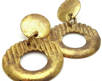 Primitive Gold tone Metal Drop Earrings Vintage Punk Rock from the 90s Steampunk Geometrical Grunge Circle Round Hoop Waffle Donut