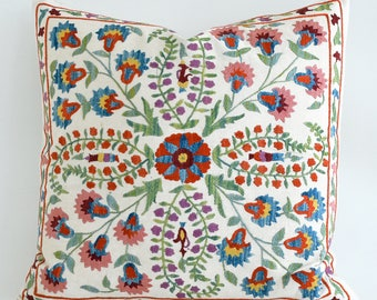 SALE - Hand Embroidered Silk Suzani Pillow Cover Decorative Pillow Vintage Uzbek Throw Pillow Cushion Cover Accent Pillow Bohemian Pillows