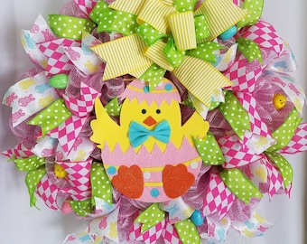Easter Mesh Wreath, Spring Wreath,  Easter Front Door Wreath, Easter Chick Mesh Wreath, Spring Wall Wreath, Spring Wall Decor,  Easter Decor