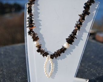 Smoky quartz and fresh water pearls necklace