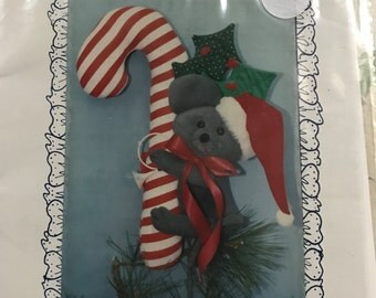 Vintage Peppermint Christmas Mouse pattern