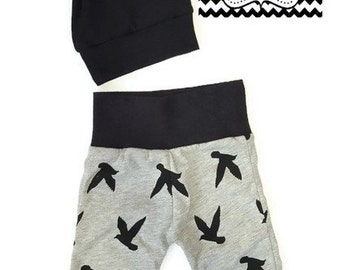 coming home outfit/Baby boy/pants/miniloon/black and gray/shower gift/hat and pants set/coming home set/bird print/cute/leggings/baby pants