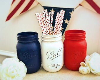 4th of July mason jars, 4th of July decor, distressed mason jars, patriotic mason jars, red, white and blue mason jars, American mason jars