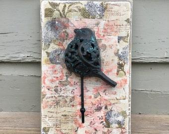 vintage Bird rack, coat rack, towel rack, distressed, rustic style, decoupage, rustic bird, spring style, vintage style, flowers, bird decor