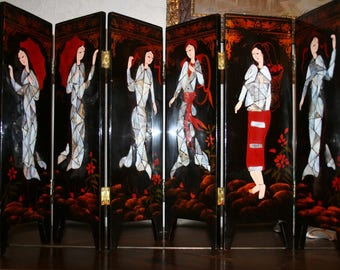 Antique Japanese screen 6 doors in black lacquer has decor flowers, goslings and female characters of Pearl inlay