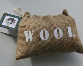 Bag of sheep's wool gift
